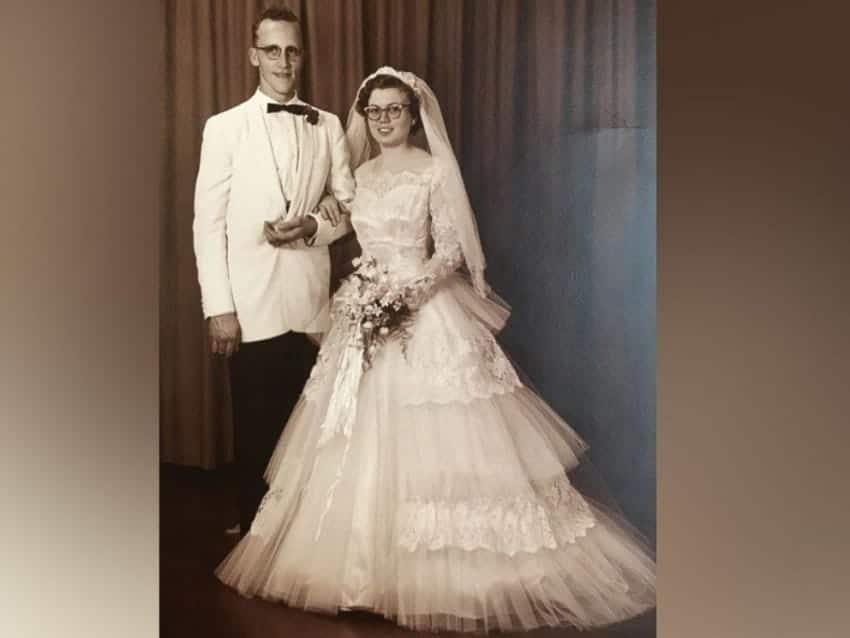 Abiti Da Sposa Anni 60 Foto.60 Anni Fa Compro L Abito Da Sposa Con Pochi Soldi Lo Ha