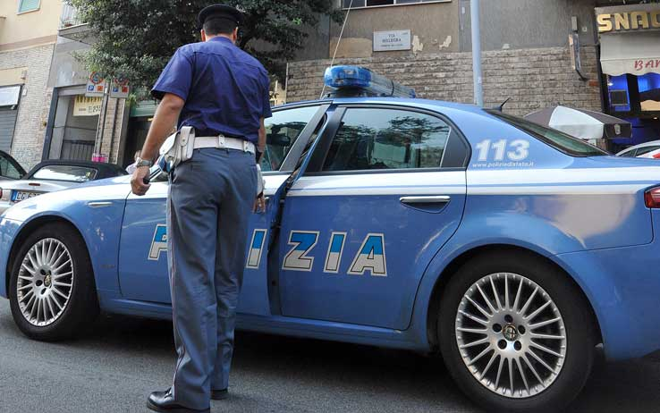 Sparatoria a Follonica: un morto e aggressore in fuga