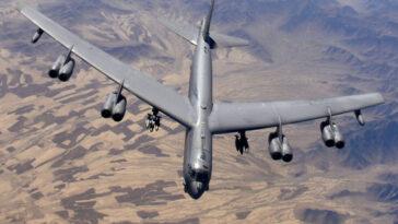 bombardiere b 52