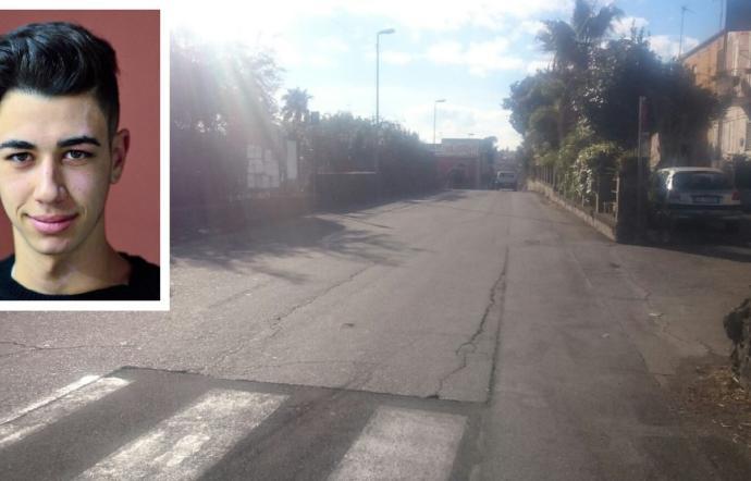 Auto con a bordo 5 ragazzi finisce contro un muro: morto 18enne