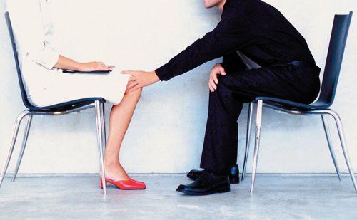 Statali: licenziato chi molesta sessualmente e chi fa regali