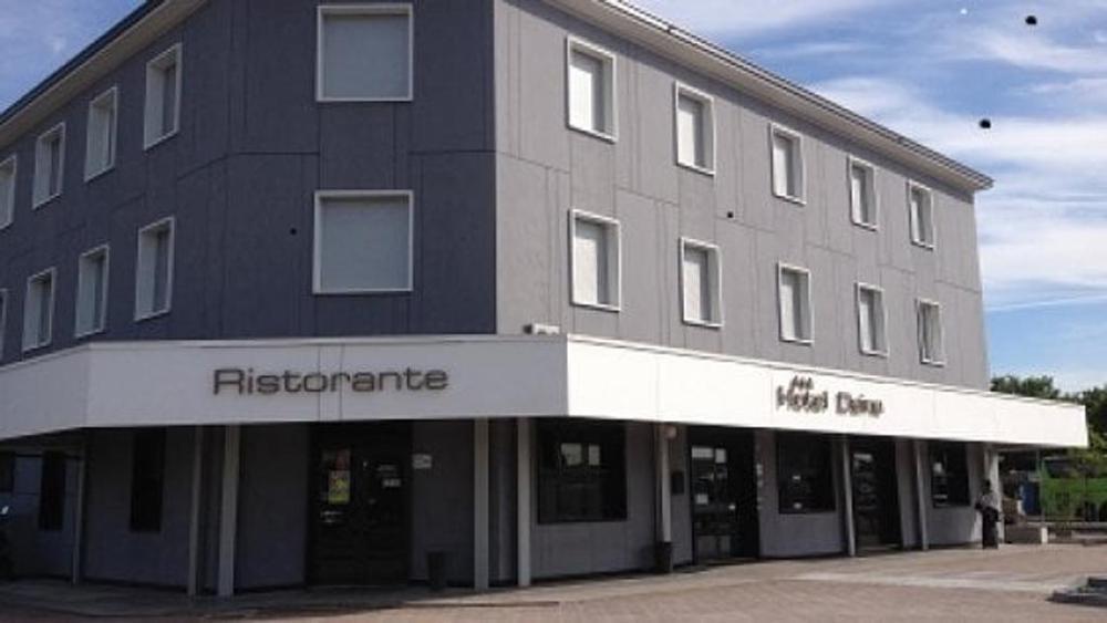 Donna uccisa con colpo di pistola in hotel a Dalmine