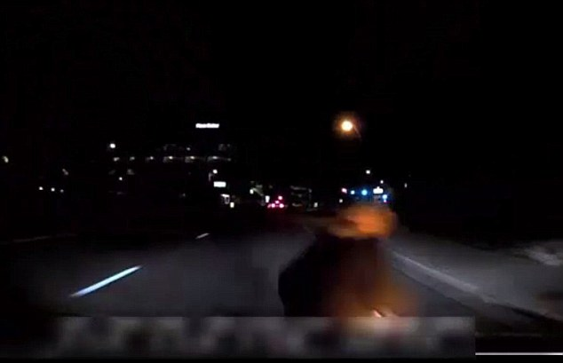 Uber choc, filmato l'incidente mortale. Il guidatore umano è nel panico