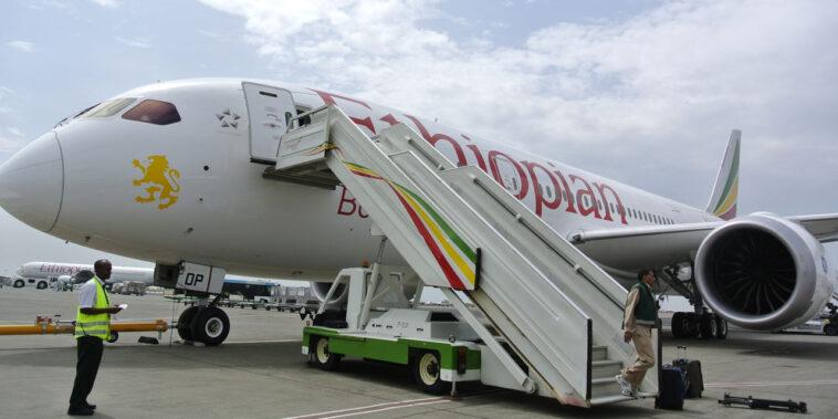 """Precipita aereo dell'Ethiopian Airlines con 157 a bordo: """"morti 8 italiani"""""""