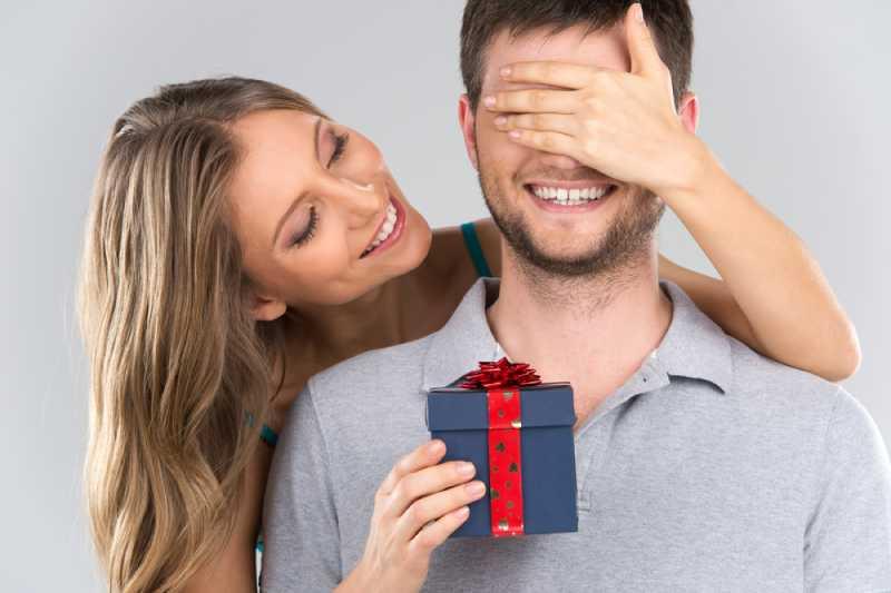 Le 5 cose peggiori che si possono regalare agli uomini