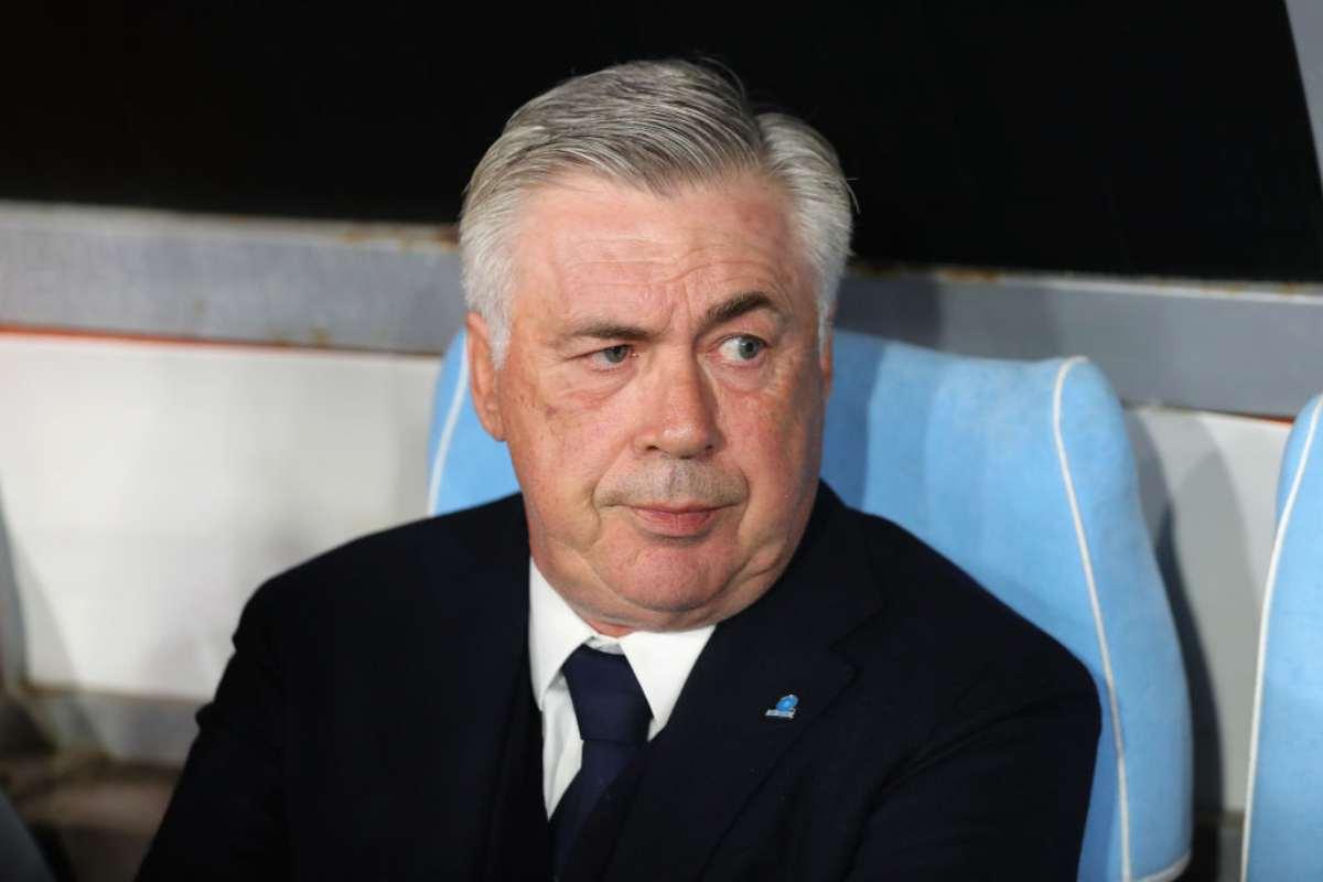 Calcio, è ufficiale: Carlo Ancelotti esonerato dal Napoli