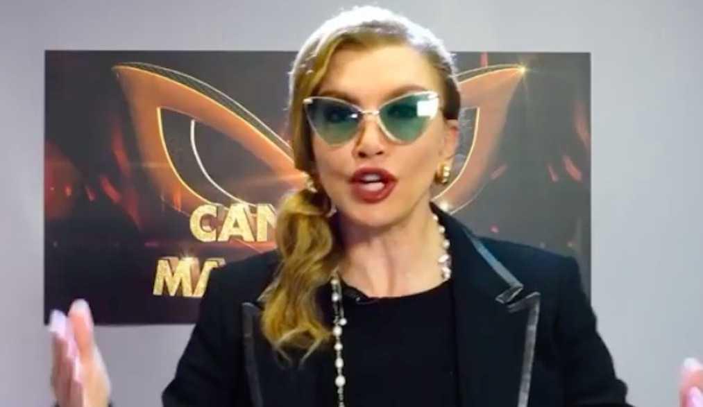 Milly Carlucci su Rai1 Il cantante mascherato