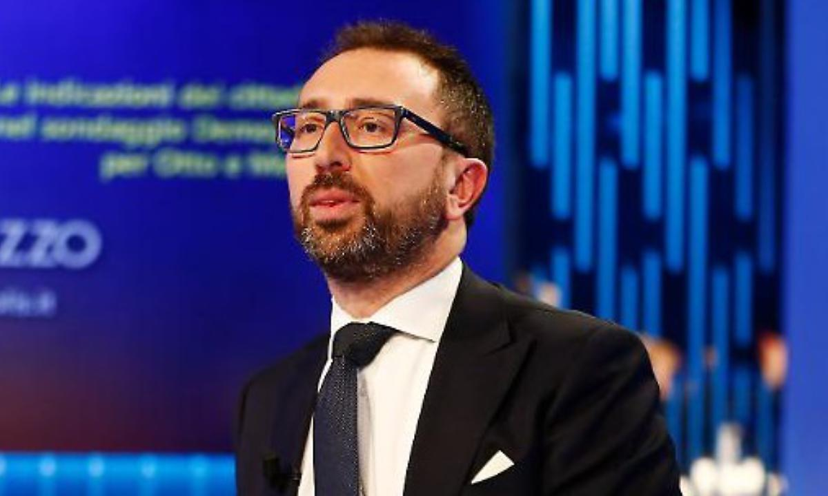 Alfonso Bonafede aereo Stato 200 chilometri 10 mila euro è polemica