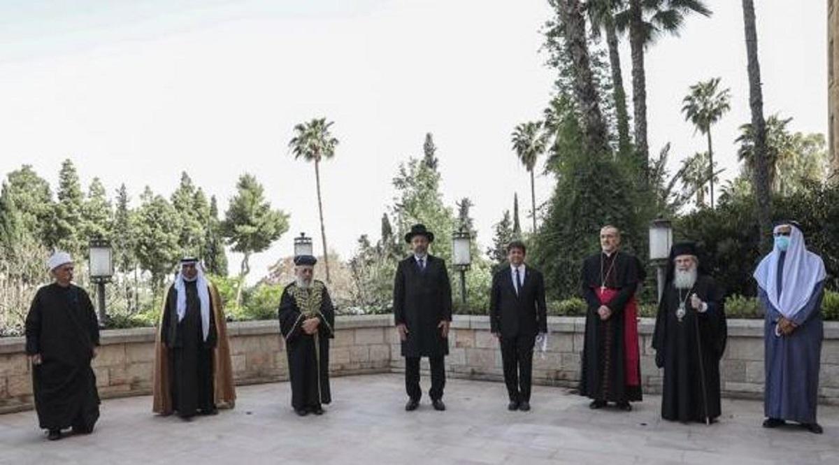 Leader religiosi in preghiera