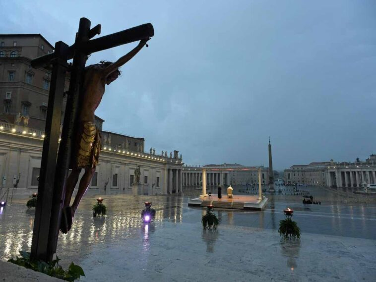 Papa Francesco e il Cristo Miracoloso
