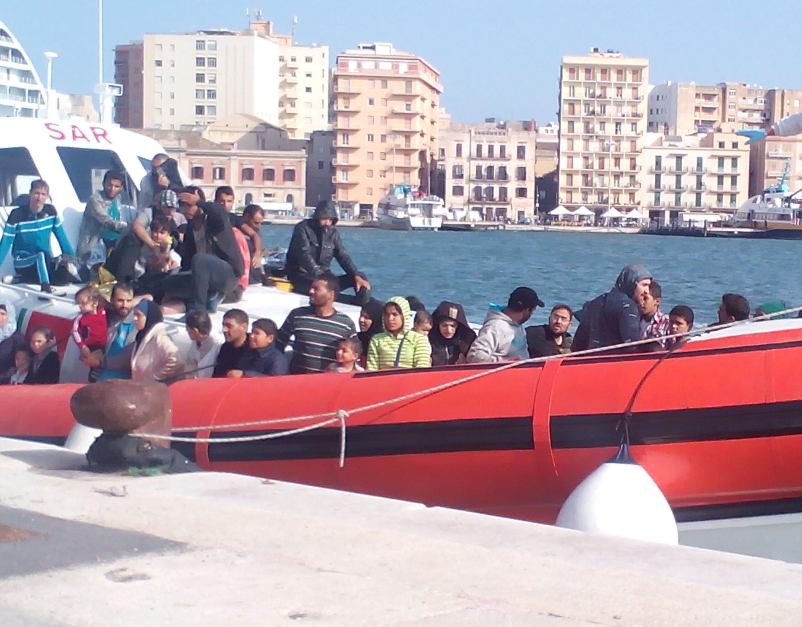 Sbarco di migranti a Trapani