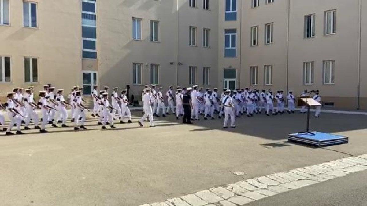 Militari ballano Jerusalema