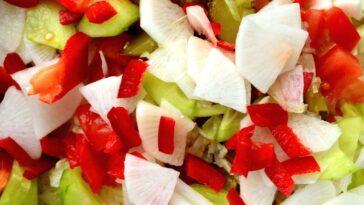 insalata frutta e formaggio